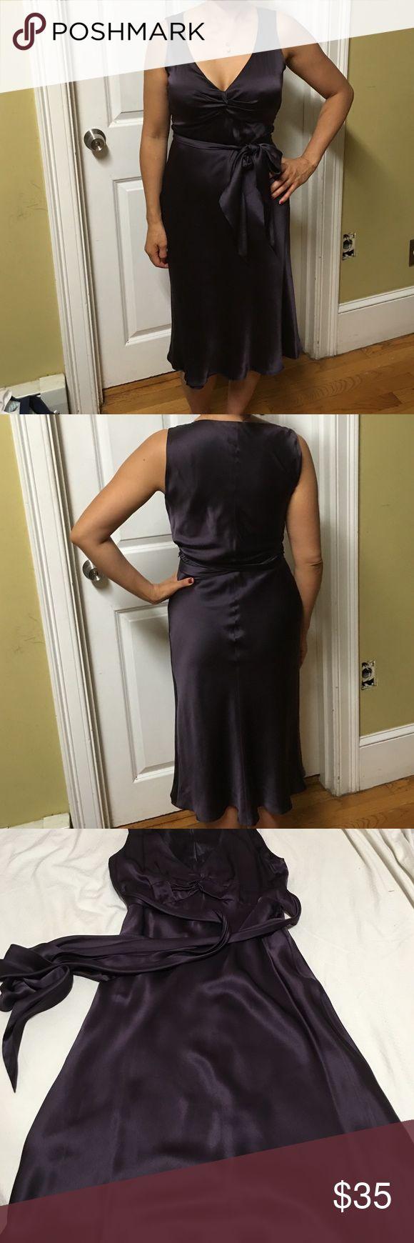 Laundry by shelli segal dresses 100% silk. Good condition Laundry by Shelli Segal Dresses Midi