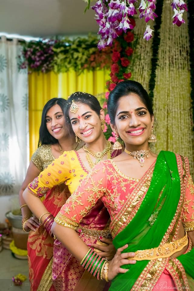 Weddings - vibrant colours and happy smiles http://www.whitepetalsandpearls.com