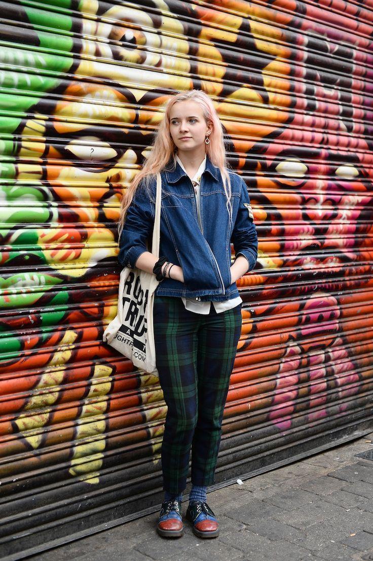 See how to get Londoner Rosie Jones' look!