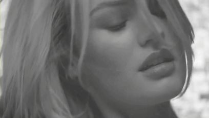 33 Ultra-Sexy Candice Swanepoel GIFs