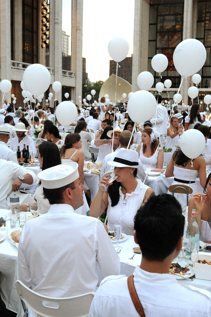 Dîner en Blanc Returns to New York
