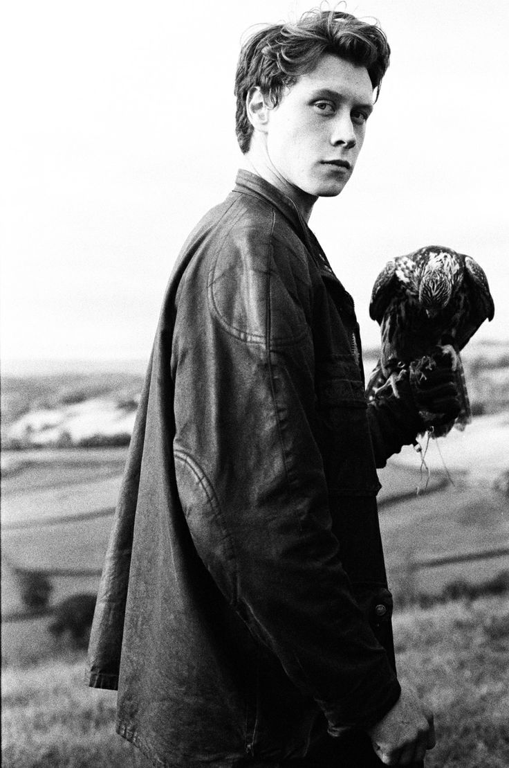 How I Live Now. Not 100% sure how I feel about this movie, but this boy is so beautiful.