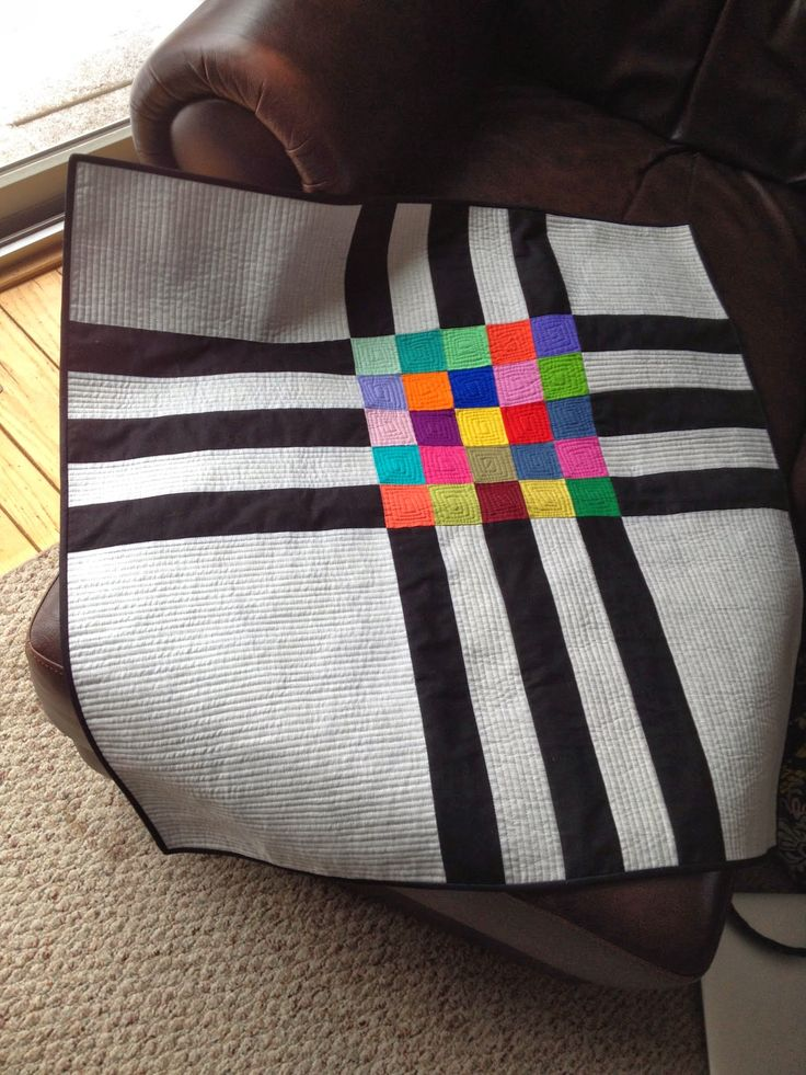 adapted from quilt called Crossroads | the creekside quilter: Update for Friday, March 28th