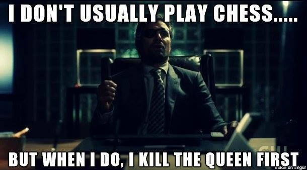 Slade Wilson decides to meme. #Arrow #Deathstroke #DC