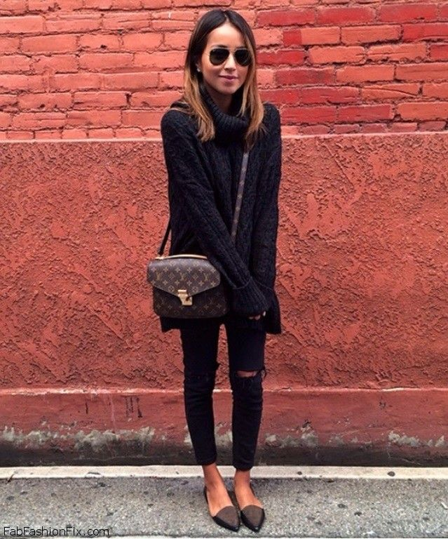 Julie Sarinana from Sincerely Jules blog combined Free People turtleneck with TopShop skinny ripped jeans and completed the look with Madewell flats and Louis Vuitton bag. #sincerelyjules #blackonblack