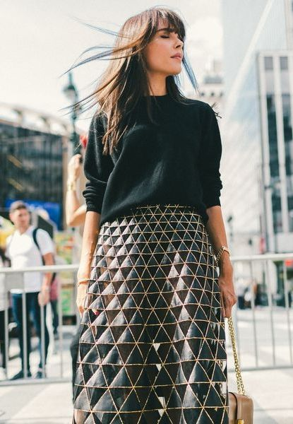 #Valentino Fall 2015 skirt - Casual on top, architectural on the bottom. // The Best Street Style Inspiration From New York Fashion Week: (http://www.racked.com/2015/9/11/9309889/nyfw-street-style#4833058)
