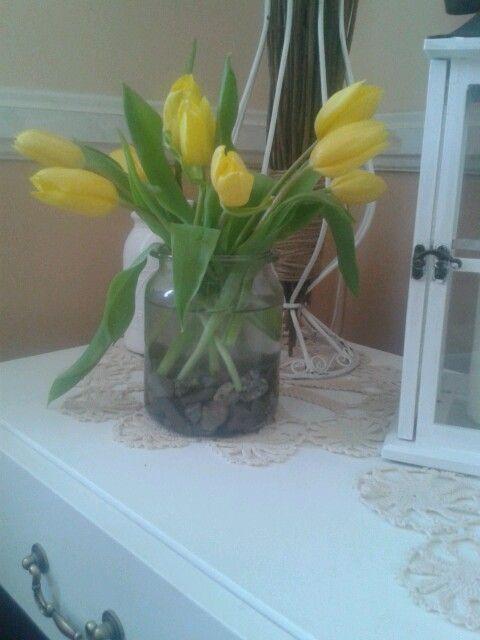 Tulipany w słoiku