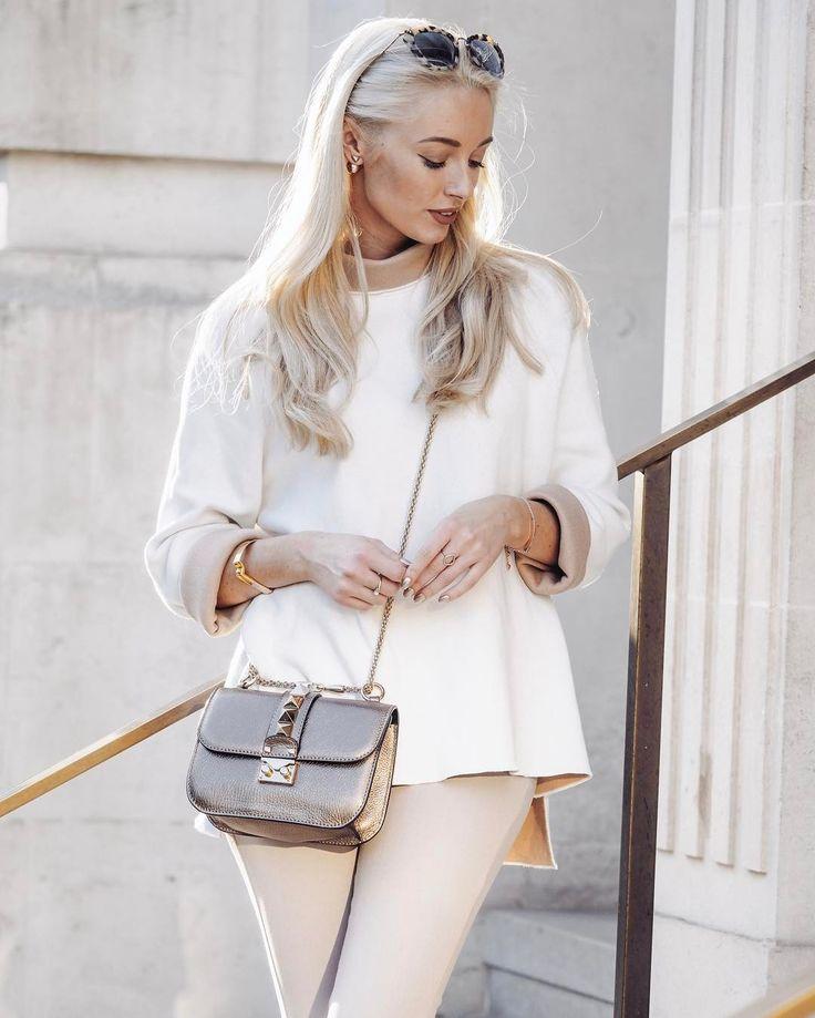 Fashion Mumblr @josieldn wears our Chloe jumper.