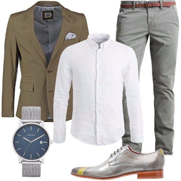 Un paio di scarpe, stringate e in pelle, dedicate a chi è alla ricerca del dettaglio particolare. Proporrei di abbinare una giacca color verde oliva, in cotone, la camicia bianca in puro lino, dei pantaloni modello chino, e l'orologio in acciaio inossidabile.