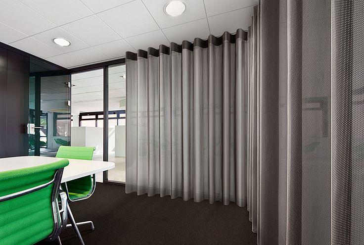 Vescom - curtain acoustics - design Formoza