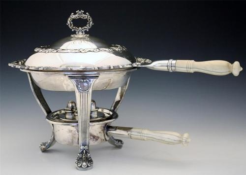 ANTIQUE GORHAM SILVERPLATE CHAFING DISH WITH BONE HANDLES Sold for $202.00 Bidders 6