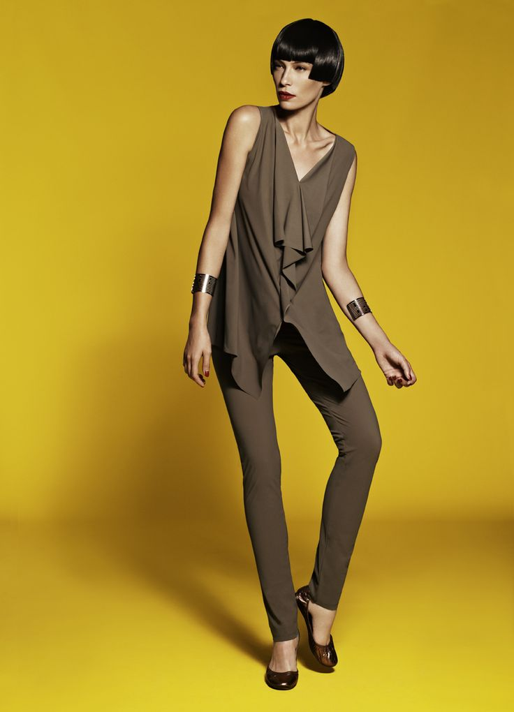 Sleeveless Angle Front Long Top, Waisted Cigarette Pant & Semi Grill Cuff
