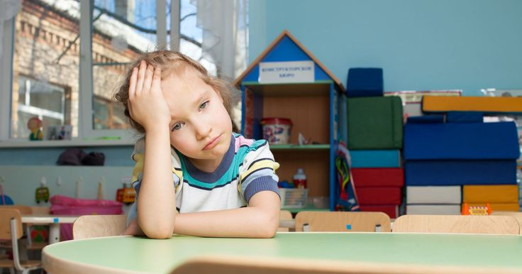 Das Aufmerksamkeits-Defizit-Syndrom, von dem vier bis sieben Prozent aller Kinder betroffen sind, gibt es in zwei Formen: die hyperaktive und stille Form.