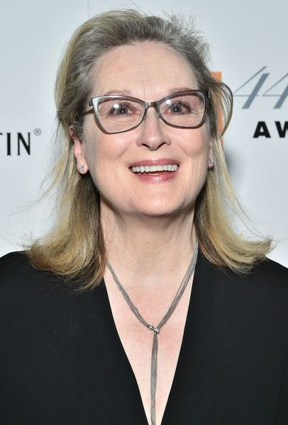 Meryl Streep Photos Photos - (EXCLUSIVE COVERAGE)  Actress Meryl Streep backstage during the 44th Chaplin Award Gala at David H. Koch Theater at Lincoln Center on May 8, 2017 in New York City. - 44th Chaplin Award Gala - Backstage