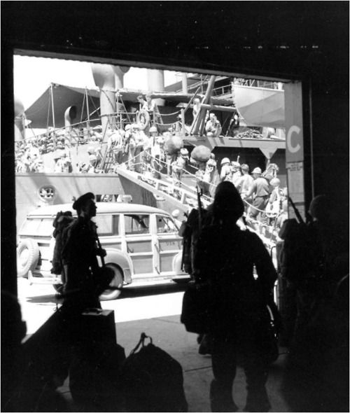 Soldiers boarding the Army transport George Taylor in Brisbane, Australia, for New Guinea on November 15. The Papua Campaign and the almost simultaneous action on Guadalcanal were the first victorious operations of US and Allied ground forces against the Japanese.