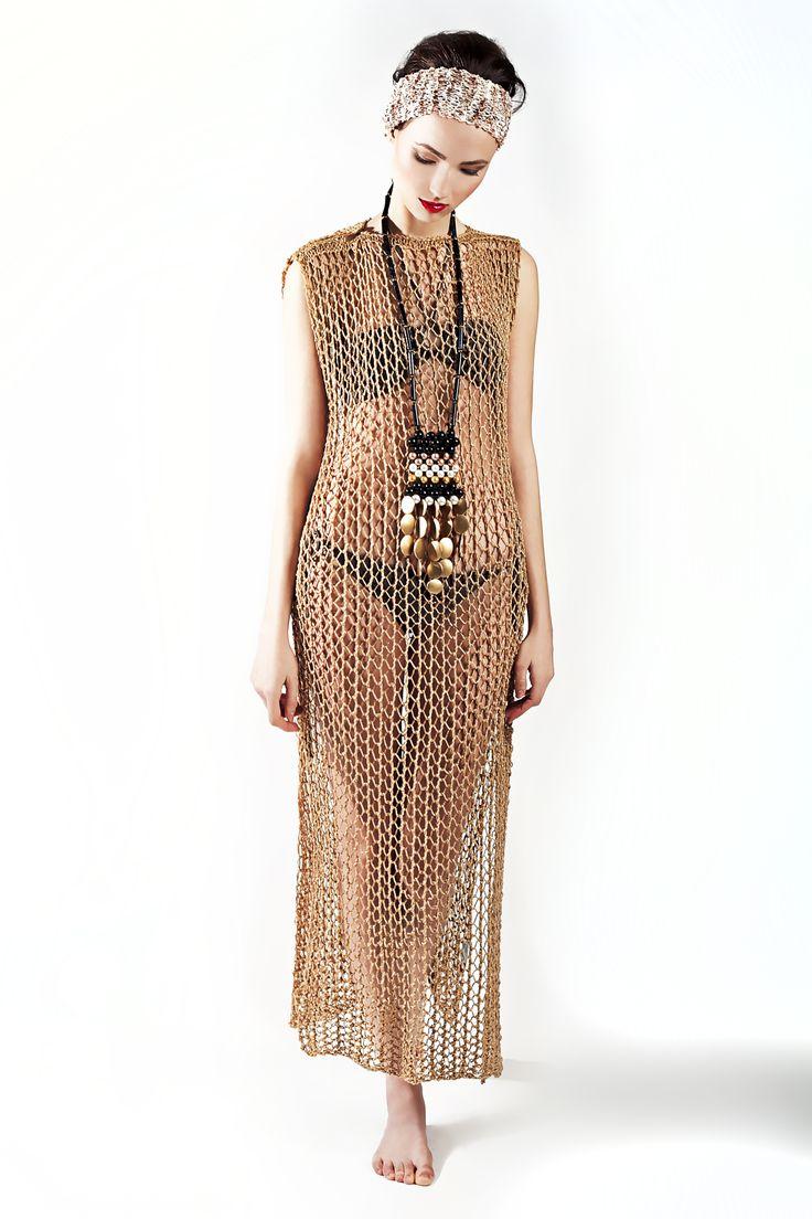 http://www.dorothea.com.gr/index.php/en/eshop-resort/127/knitted-long-dress2014-03-07-17-26-54-detail