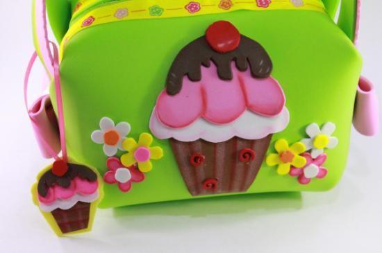 Bolsita, carterita en goma eva pastelito cupcake
