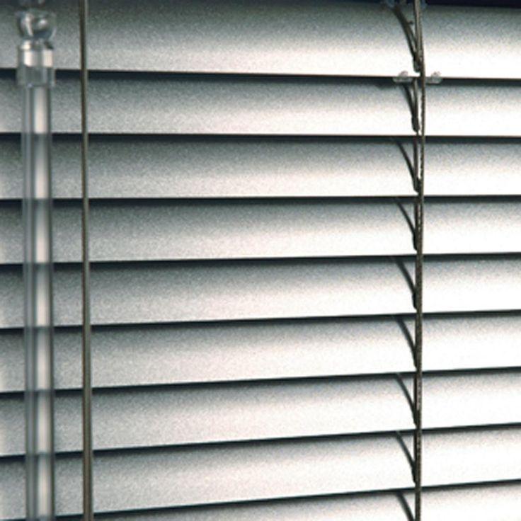 σφυρήλατα μεταλλικά βενέτικα στοράκια/forged metallic venetian blinds