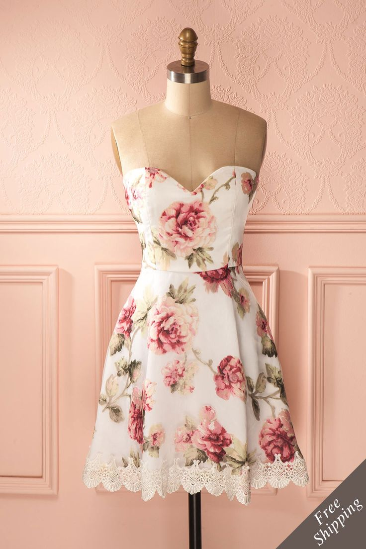 Blancheur éblouissante et fraîcheur rosée vous donneront des ailes !  Dazzling whiteness and rosy freshness will give you wings! White and pink floral print bustier dress www.1861.ca