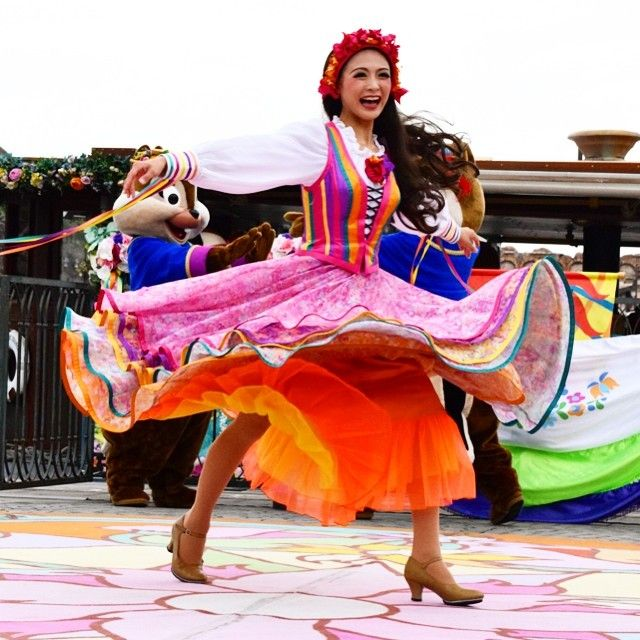@yui.pi - #ディズニー #ディズニーシー #ディズニーダンサー #ダンサー #リドアイル... - EnjoyGram