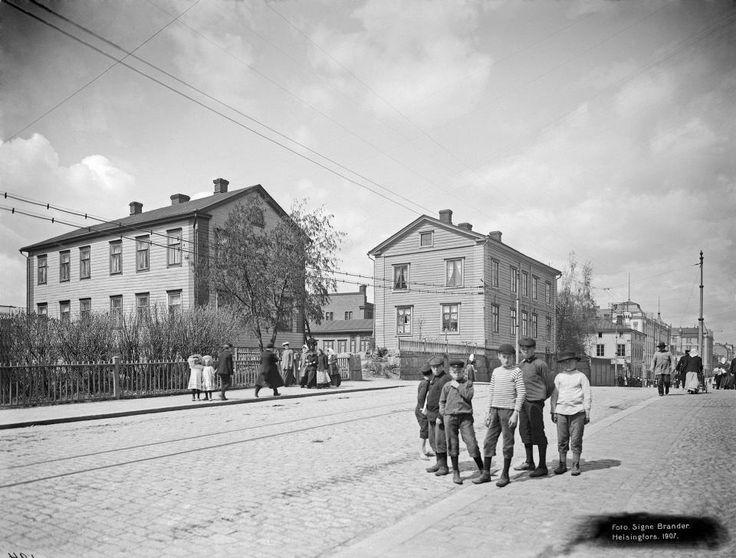 Signe Brander: Siltasaarenkatu Helsinki 1907