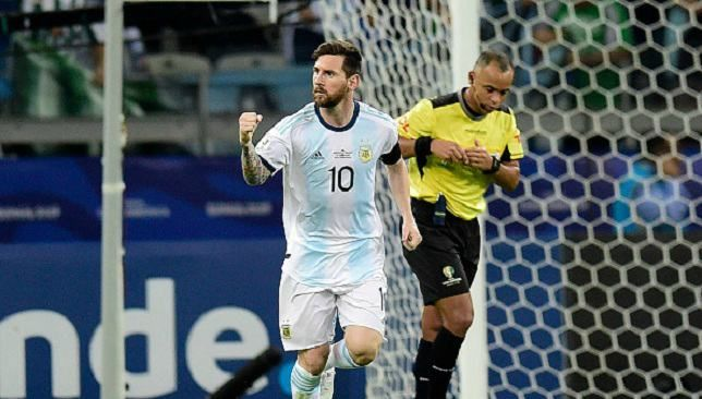 ريفالدو ميسي يستحق الحصول على الكرة الذهبية هذا العام موقع سبورت 360 أعلن ريفالدو نجم فريق نادي برشلونة الإسباني ومنتخب الب Lionel Messi Messi Messi Photos