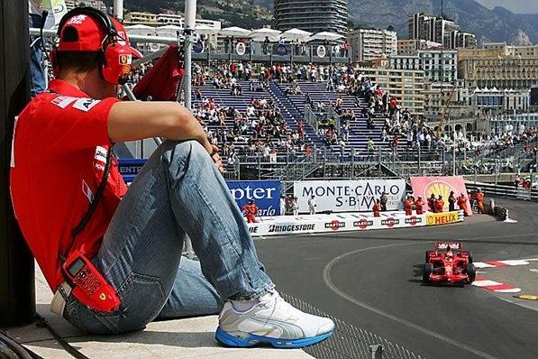 Michael Schumacher (GER) Ferrari watches Kimi Raikkonen (FIN) Ferrari F2008.  Formula One World Championship, Rd 6, Monaco Grand Prix, Practice Day, Monte-Carlo, Monaco, Thursday, 22 May 2008