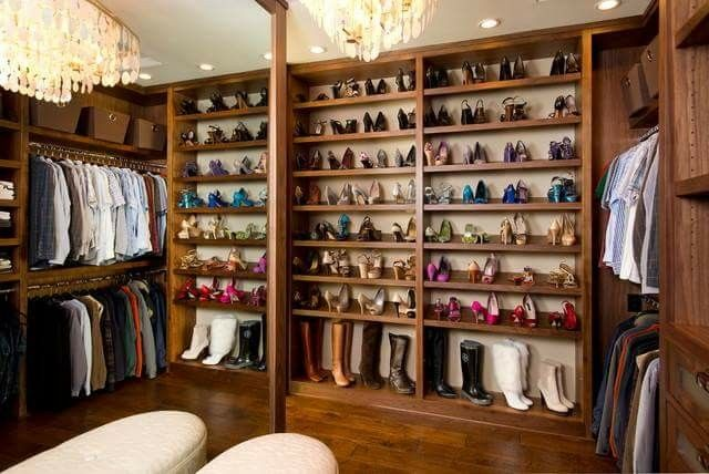 Who wouldn't live this space for their shoes.