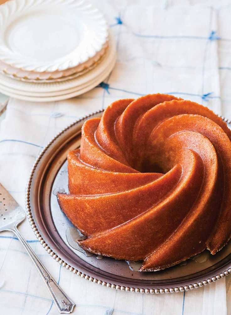 Kentucky Bourbon Cake Recipe | Vintage Cakes by Julie Richardson (This bourbon cake is a lot like a pound cake given its decadent amount of butter and moist, tender, perfect crumb. But oh, baby, wait'll you taste the bourbon glaze!)