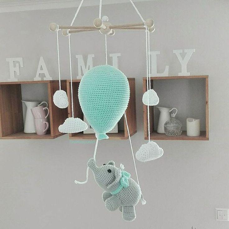 babyzimmer grau mint flug zuhause handarbeit ostern handy ballon dor mobile at home - Babyzimmer Graustreifen