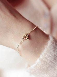 Zobacz zdjęcie W sklepie OTIEN nowe modele zegarków, bransoletek i minimalistycznych pierści...