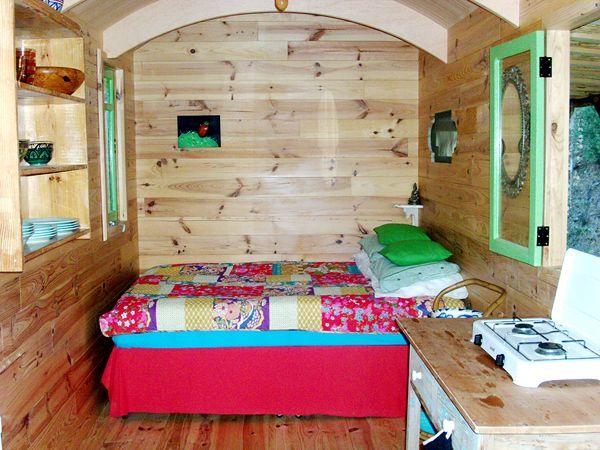 25 beste idee n over woonwagen interieurs op pinterest boheems interieur boheemse kussens en - Van plan interieur ...