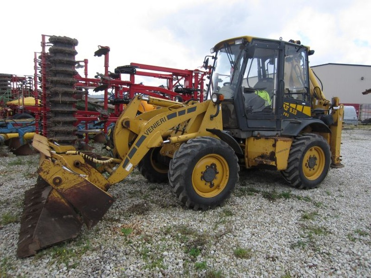 We are all ready at the mid week and you can still enjoy this backhoe picture ! http://www.machineryzone.com/used/1/backhoe.html