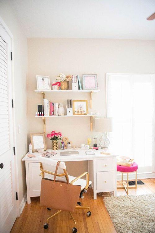 14 Ideas para que tu cuarto se vea más fancy con un escritorio blanco