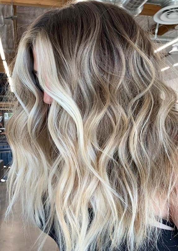You may easily find here absolutely fresh and trendy blonde hair colors contrasts with seamless blends to show off nowadays. To get this sexy and unique look you must see here and pick up best one …