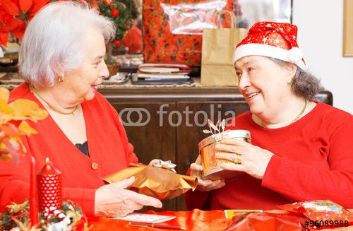"""Scarica l'immagine Royalty Free  """"two senior ladies having fun for Christmas time"""" creata da TTL media al miglior prezzo su Fotolia . Sfoglia la nostra banca di immagini online per trovare la foto perfetta per i tuoi progetti di marketing a prezzi imbattibili!"""
