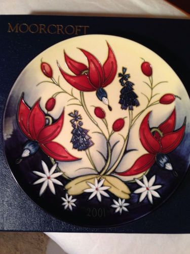 Moorcroft Year Plate 2001   eBay