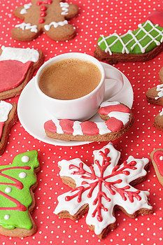 Christmas homemade gingerbread cookies by Nadya&Eugene Photography #Gingerbread #NadyaEugenePhotography #Christmas #ChristmasCookies