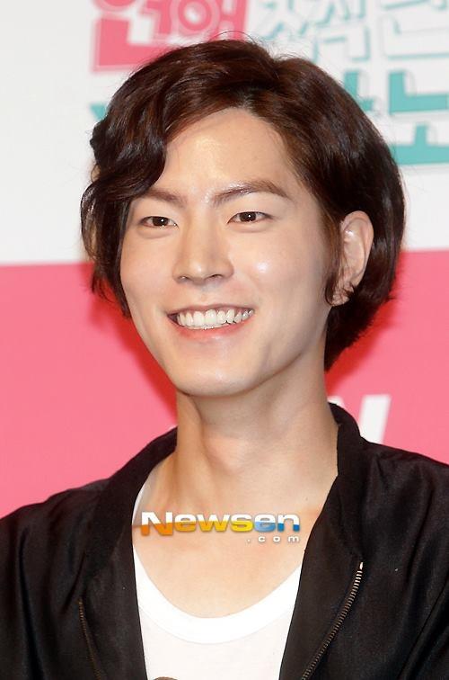 hong jong hyun dating agency cyrano korean