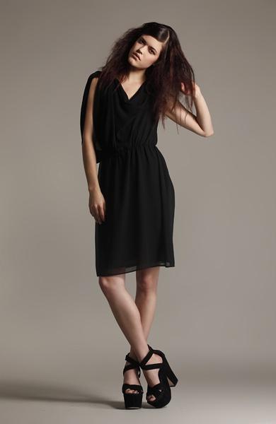 Katri Niskanen - love the cut and drape of this dress