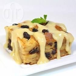 Beste broodpudding met vanillesaus @ allrecipes.nl