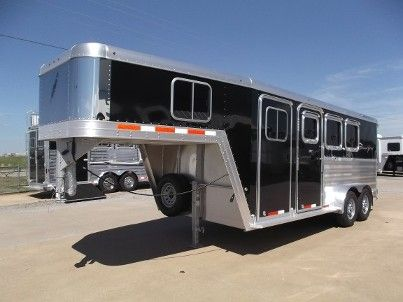 2017 Featherlite 3 Horse Trailer. #143742. 7 x 18 x 7 Tall. 52  Short Wall Dressing Room w/ C&er Door Blanket Bar Clothes Rod Brush Tray ... & 12 best Featherlite Trailers images on Pinterest | Livestock ... pezcame.com