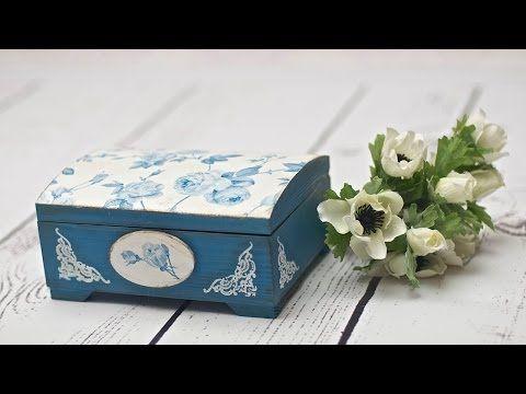 Decoupage krok po kroku - szkatułka w błękitnie różyczki - YouTube