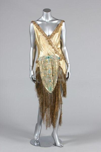 A beaded cloth of gold dance/cabaret outfit, 1920s, the matching turban labelled 'A Fonnesbech, Copenhagen'