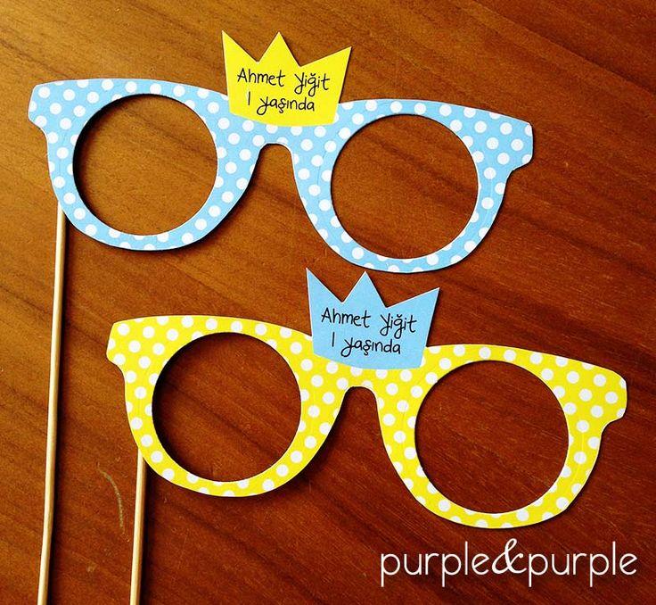 Prens Taçlı Parti Gözlükleri | Küçük Prens | Doğum Günü Fotoğraf Aksesuarları | 1 yaş doğum günü hediyelikleri | 1 yaş parti süsleri | Küçük Prens (Le Petit Prince) temalı Parti | Le Petit Prince Birthday | Book Themed Parties | Le Petit Prince Themed Party | Photo Props
