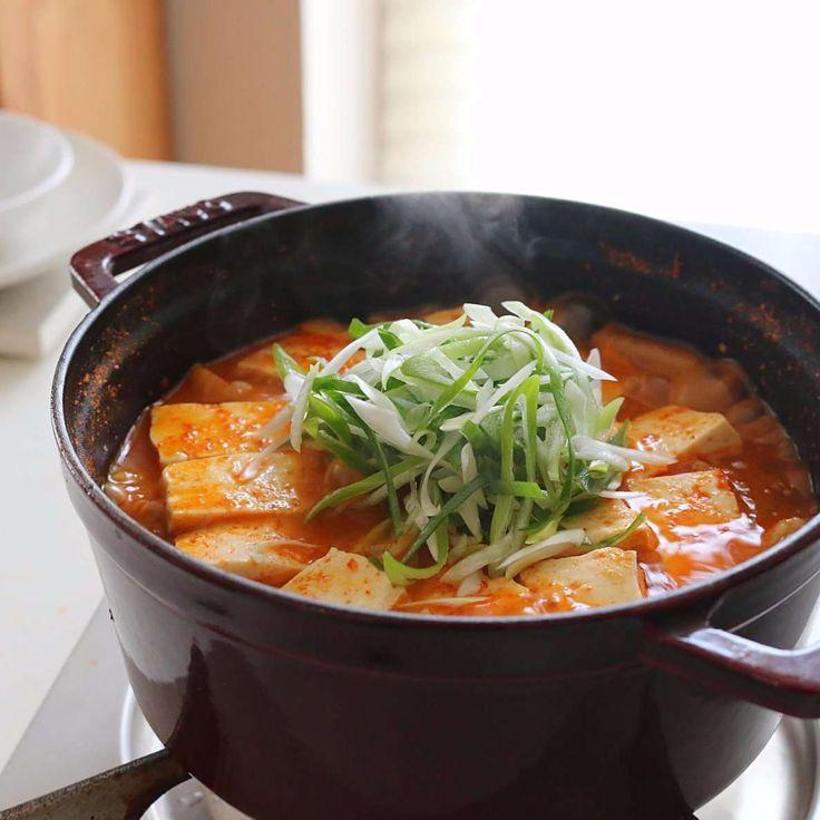 Kimchi Jjigae 돼지고기 김치찌개