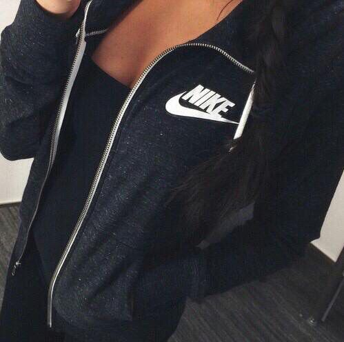Nike women's running shoes are designed with innovative features and… - Tap the pin if you love super heroes too! Cause guess what? you will LOVE these super hero fitness shirts