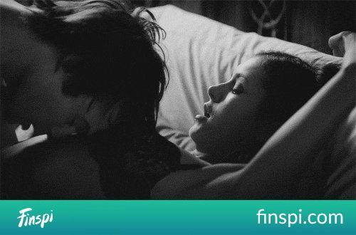 taak #miłość #gif #sexy #bielizna #kiss #zakochani #ludzie