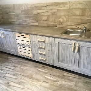 Vintage Style Repurposed Wood Pallets Kitchen