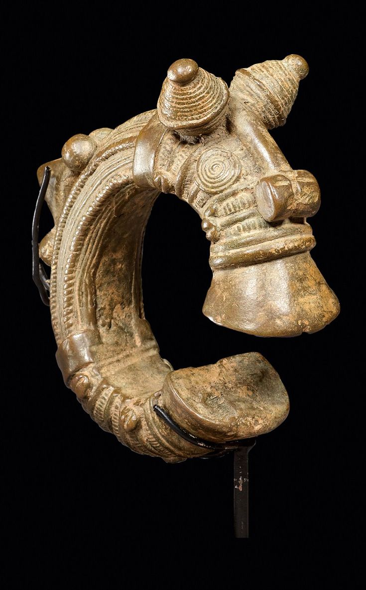 Ivory Coast | Bracelet from the Senufo people | Bronze/copper alloy | 960CHF ~ sold (June/09)